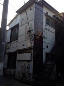 現況アパート階段位置